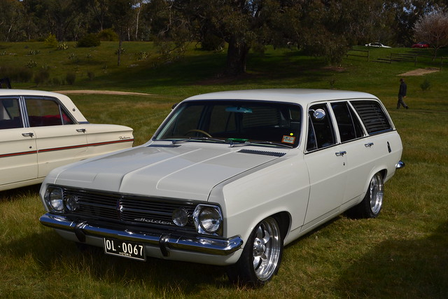 hr holden wagon service manual
