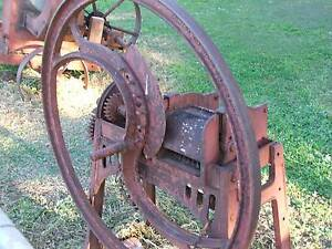 blades for a manual vintage chaff cutter australia