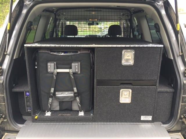 prado 150 cargo barrier fitting instructions